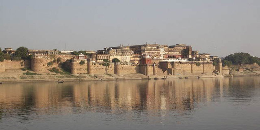 Ramnagar Fort Boat Tour